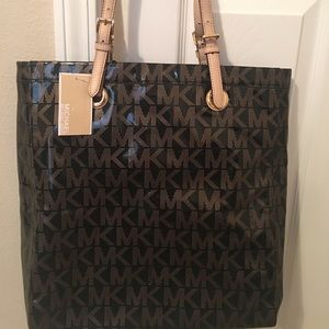 New Michael Kors Tote Purse